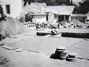 Εργαστήριο κεραμικής στο Μαρούσι 1965