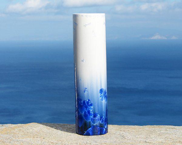 crystalline-cylinder-vase-white-and-blue-4_sifnos-stoneware