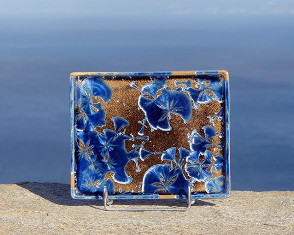 crystalline-small-plate-blue-brown_sifnos-stoneware