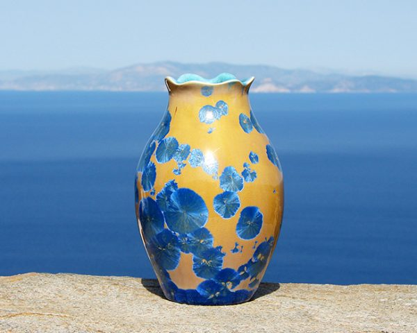 crystalline-vase-blue-on-orange-2020-1_sifnos-stoneware
