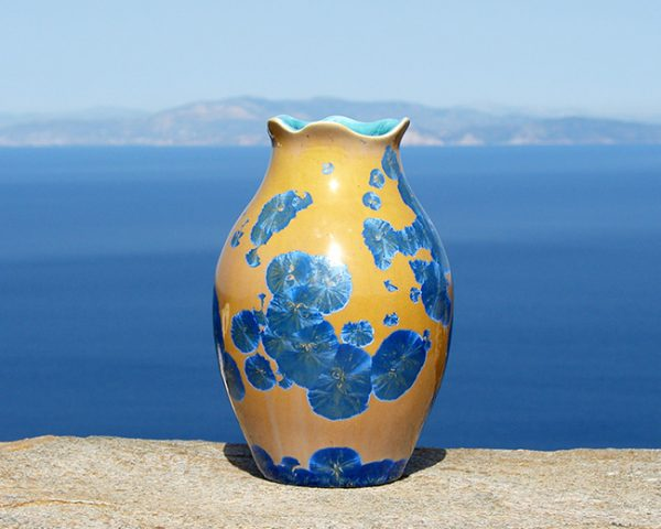 crystalline-vase-blue-on-orange-2020-4_sifnos-stoneware