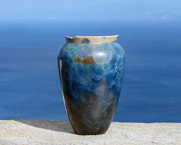 crystalline-vase-lustre-blue4_sifnos-stoneware