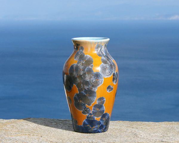 crystalline-vase-silver-blue-on-tan3_sifnos-stoneware