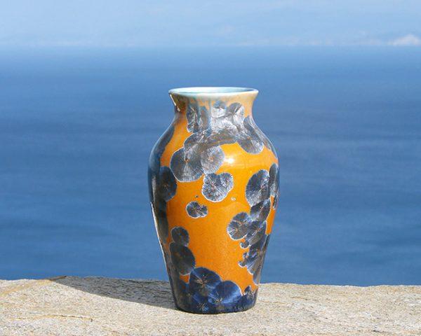crystalline-vase-silver-blue-on-tan4_sifnos-stoneware